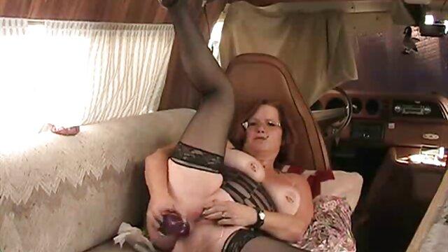ella ama el anal abuela ardientes
