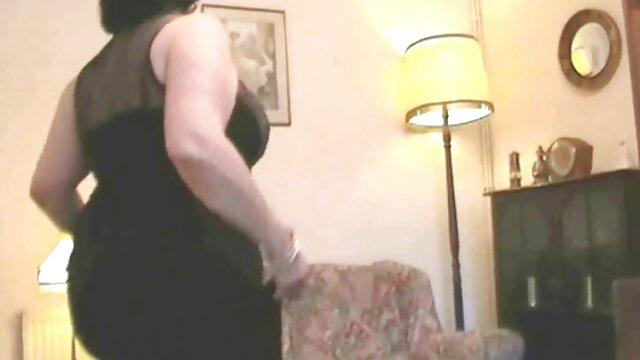 SOLOGIRLSMANIA cachonda abuelas calientes videos jovencita en solitario Mili Jay