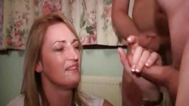 Christina ancianas calientes follando Bella si fa scopare il culo in spiaggia