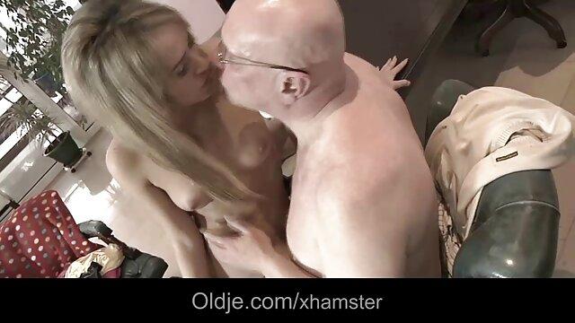 buen abuelas calientes masturbandose polvo