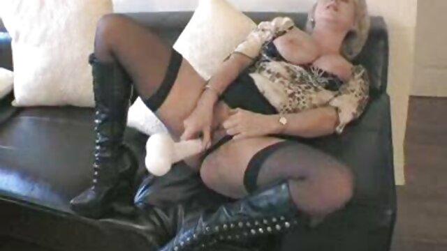 Sacude tu culo por nosotros, abuelas calientes xxx Betty - Shiny Penny for Sissy Slut