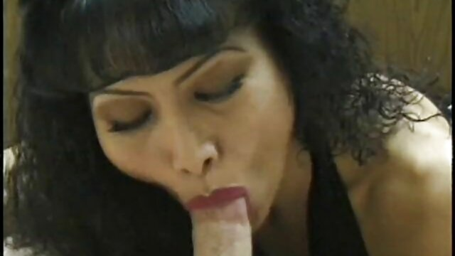 Alucinante Aika traficando polla - Más en 69avs.com abuelas calientes anal