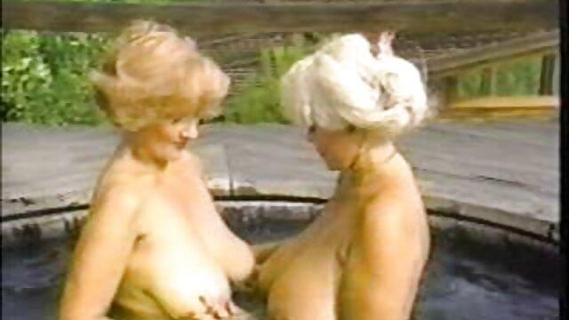 Cuando las niñas juegan - Jayden Cole Melissa Jacobs ancianas calientes cojiendo - Pelirroja