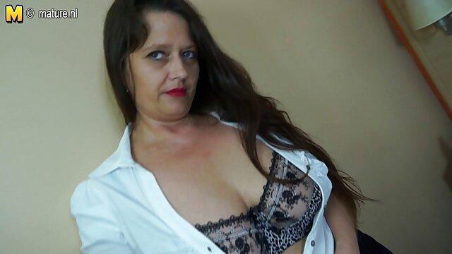 india Caliente la tía abuelas culonas calientes webcam las burlas en cuarto de baño