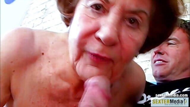 No mires este video abuelas muy calientes