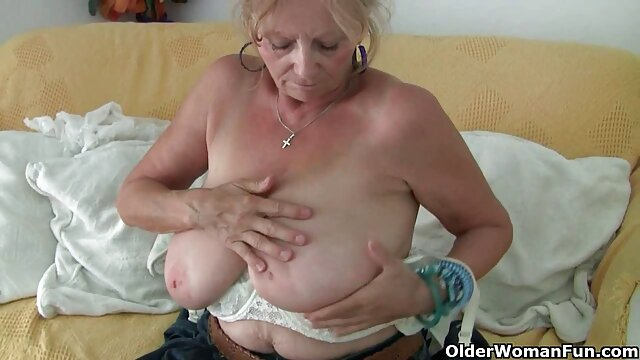 bom abuelas culonas calientes mujer