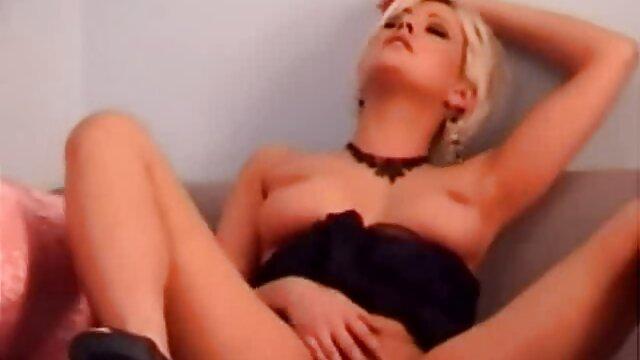 Hombres dominantes BDSM son dueños de mi esposa en SL abuelas peludas calientes