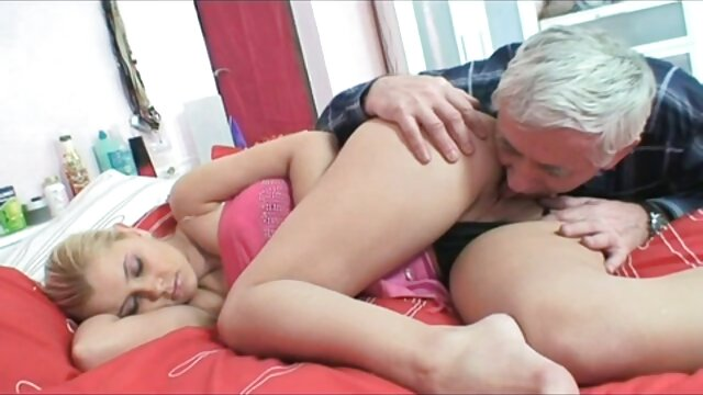 VODEU - Rundes Bruste Madchen liebt abuelas calientes hd sex