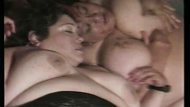 Asiático maduro abuela mexicana caliente esposa amateur desnudo mamada y handjob