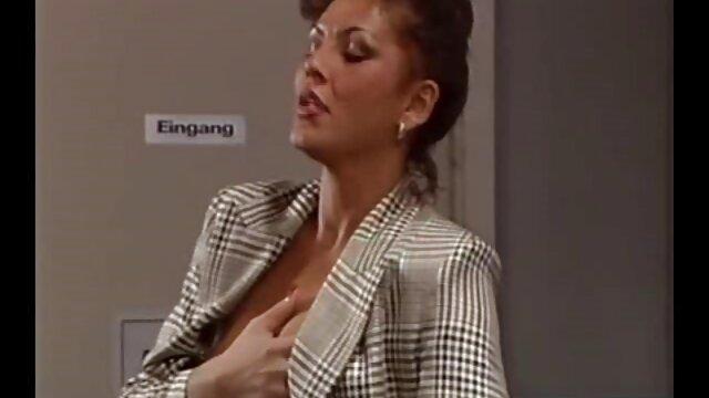 CASTING ALLA ITALIANA Chicas lesbianas calientes en la primera escena xxx abuelas calientes porno