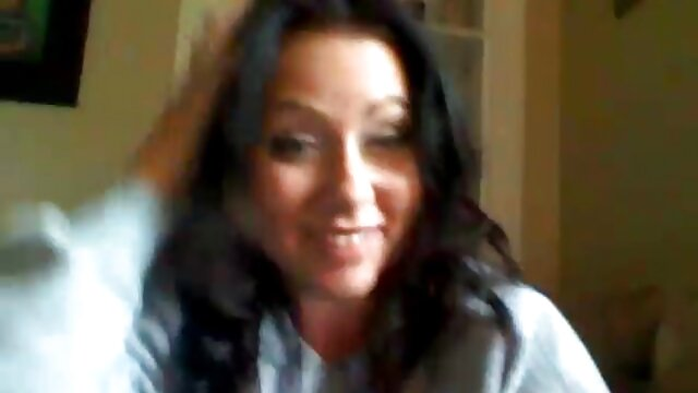 Reino Unido amateur Christine y videos pornos de ancianas calientes 2 chicos