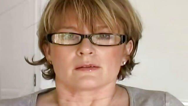 XEmpire Lily Labeau abuelas calientes tube Amante de la Penetración BBC en Medias