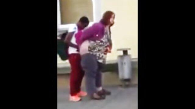 El ama de llaves mexicano Trades videos de ancianas calientes se quedó boquiabierto para mantener el trabajo después de follar
