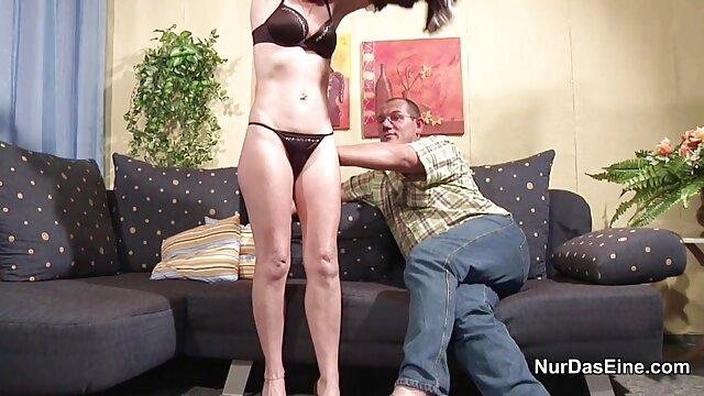 Pareja morena caliente abuelas calientes mexicanas en acción sensual húmeda.mp4