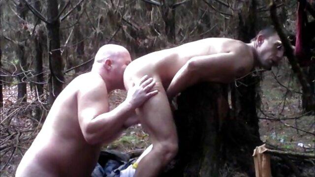 SPYFAM Hermanastro se arrastra sobre su hermanastra desnuda y xvideos abuelas calientes bronceada
