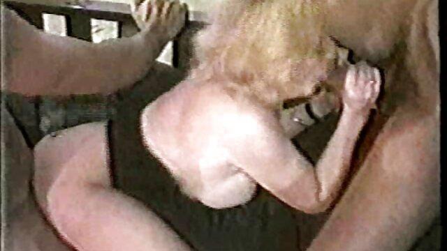 Japonés tetas gigantes chica amor tit mierda abuelas viejas calientes acción